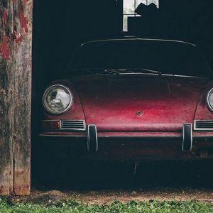 Знайдений в ангарі porsche 911s 1967 року