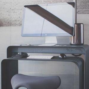 Топ 5: найкращі столи для домашнього офісу